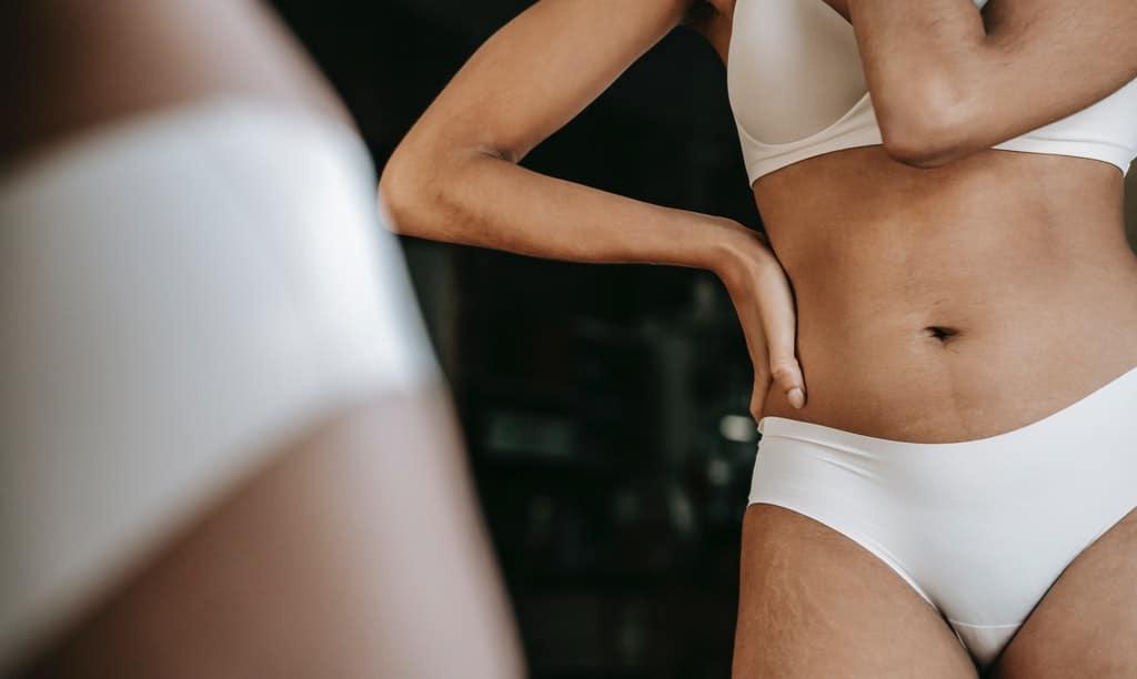 brzuch kobiety