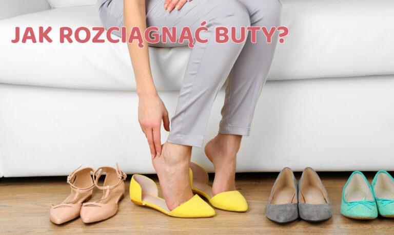 kobieta trzyma się za stope
